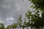 Bild 2 - Aufnahme des Mastes mit Schwenkneigekopf und DSLR Kamera Canon 600D