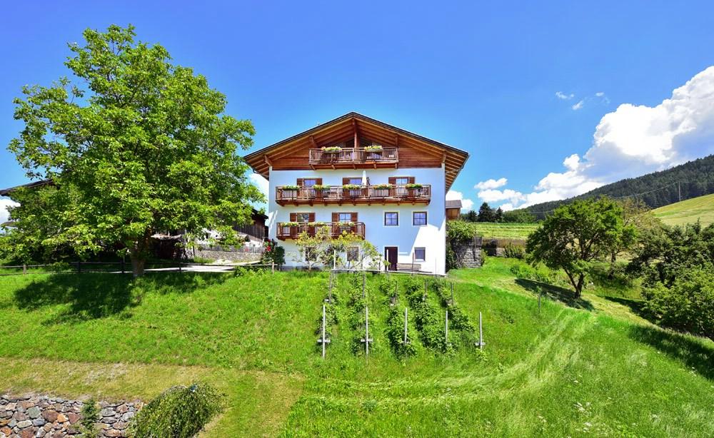 0-feilerhof-bauernhof-gufidaun-klausen